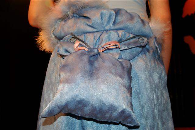 Detail & gertrude mcfuzz costume | Cotton Clippings
